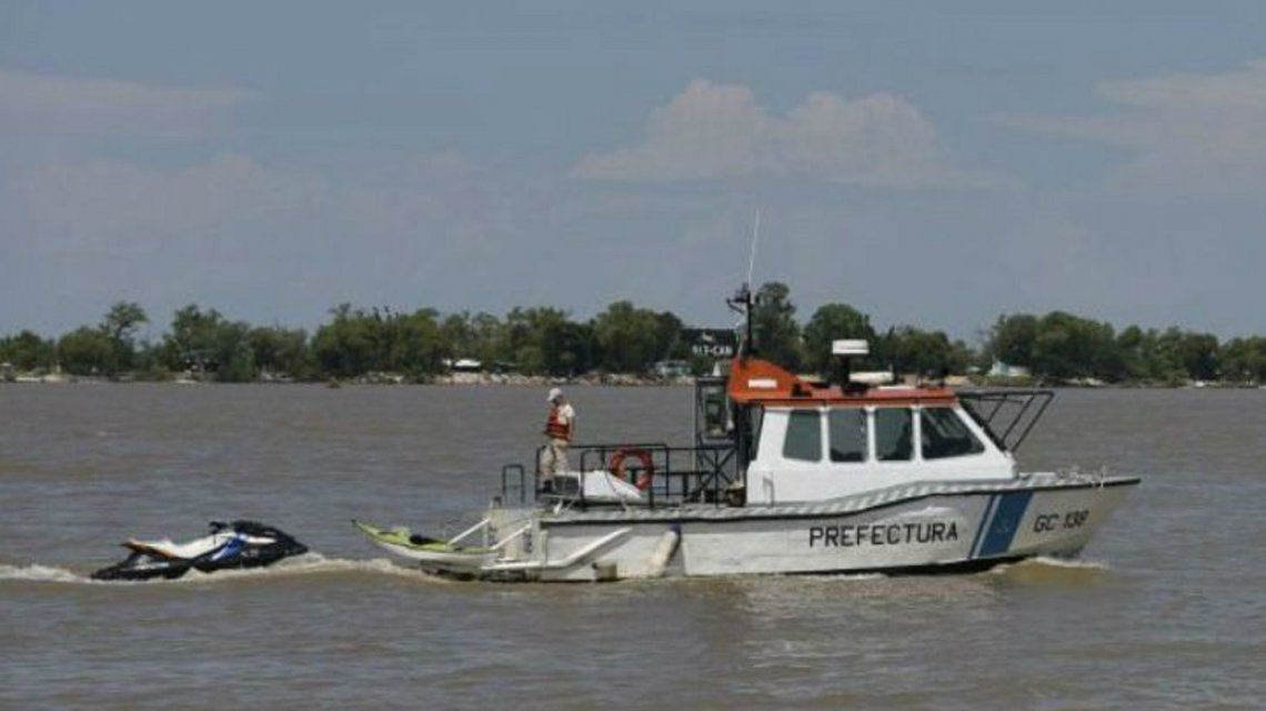 jóvenes desaparecidos en el río Paraná