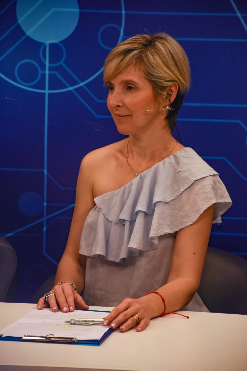 Adriana Bahniuk